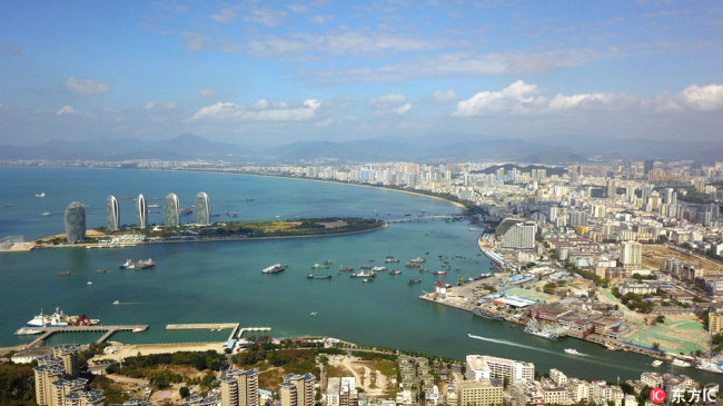 A photo shows an aerial view of the city of Sanya, Hainan province January 25, 2018. [Photo: dfic.cn]