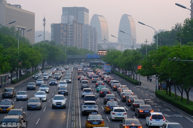 Beijing's North Second Ring Road during the evening rush hour on April 28, 2018. [File photo: VCG]