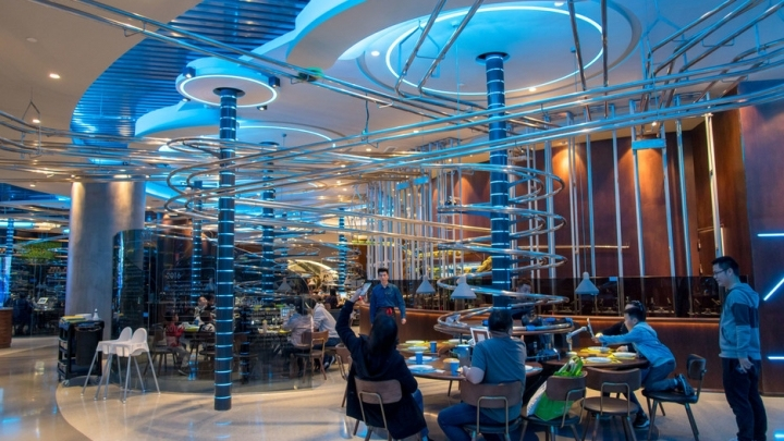What Is Transmission >> Spaceship-themed restaurant opens in Shanghai - China Plus