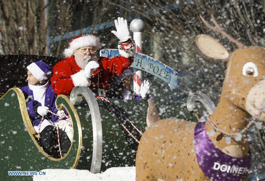 Vancouver Christmas Parade.Annual Vancouver Santa Claus Parade Held In Canada China Plus