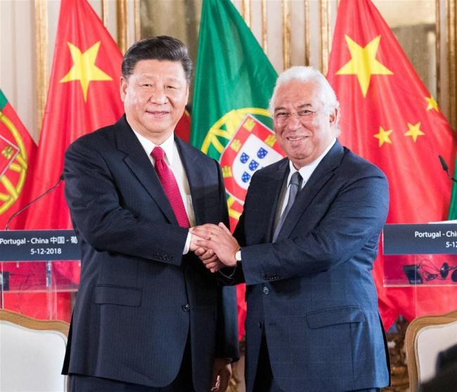 Chinese President Xi Jinping (L) meets with Portuguese Prime Minister Antonio Costa in Lisbon, Portugal, on Dec. 5, 2018. [Photo: Xinhua]