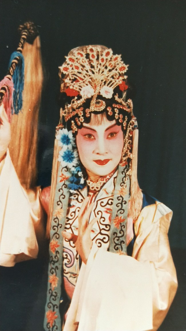 The play, Sifan, was the first milestone in Shen Shihua's Kunqu career. It was in 1954 that she first performed it after about a year learning Kunqu. [Photo: by courtesy of Shen Shihua]