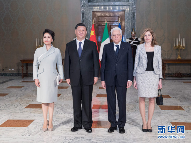 Chinese President Xi Jinping (2nd L) and his wife Peng Liyuan (1st L) pose for a group photo with Italian President Sergio Mattarella (2nd R) and his daughter Laura Mattarella in Rome, Italy, March 22, 2019. Xi and Mattarella held talks here Friday. Before the talks, Mattarella held a grand welcome ceremony for Xi. [Photo: Xinhua]