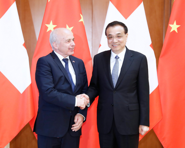 Chinese Premier Li Keqiang meets with Ueli Maurer, president of the Swiss Confederation, in Beijing on April 28, 2019. [Photo: gov.cn]