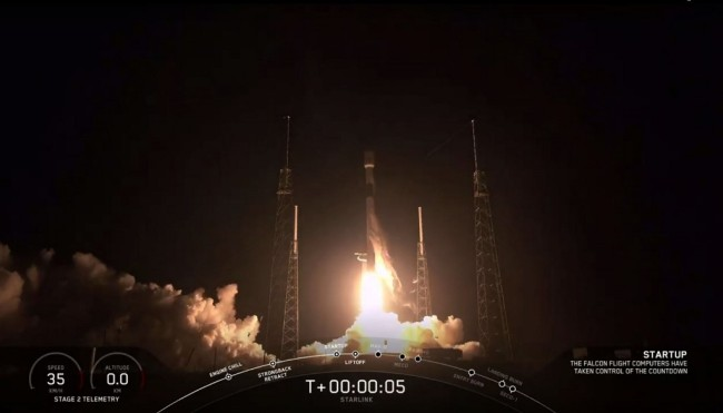 This video grab taken from the Space X webcast transmission on May 23, 2019, shows a SpaceX Falcon 9 rocket with 60 Starlink satelites lifting off from Space Launch Complex 40 (SLC-40) at Cape Canaveral Air Force Station, Florida. [Photo: AFP/ SPACEX]