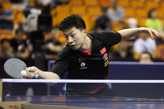 Ma Long plays against Japanese Mizuki Oikawa in the opening round of the China Open in Shenzhen on May 30, 2019. [Photo: VCG]