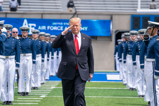 U.S. President Donald Trump salutes at the 2019 U.S. Air Force Academy Graduation Ceremony at the U.S. Air Force Academy-Falcon Stadium in Colorado Springs on Thursday, May 30, 2019. [Photo: IC]