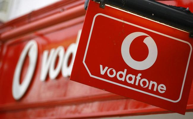 Vodafone launches 5G service in UK using Huawei equipment - China Plus