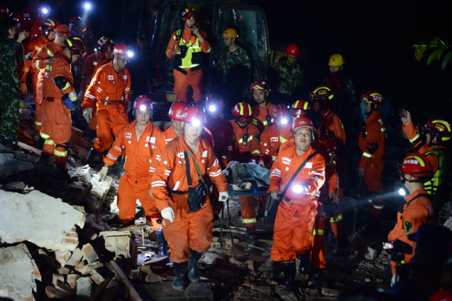 Rescuers work at the scene. A 6.0-magnitude earthquake hits Changning County of Yibin City in southwest China's Sichuan Province on June 17, 2019. [File photo: IC]