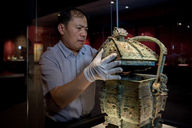 "The bronze ware ""Yifangyi"" is seen being placed at the Shanxi Bronze Ware Museum in Taiyuan city, Shanxi Province on July 8, 2019. [Photo: IC]"