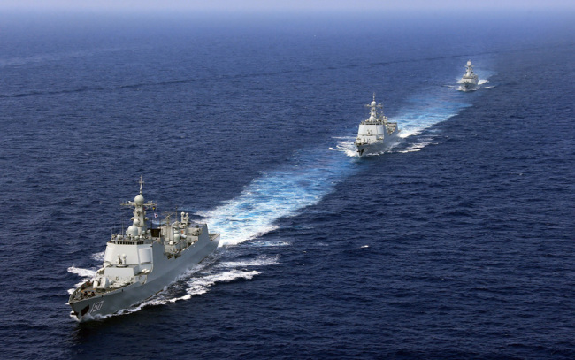 A destroyer fleet patrolling in the South China Sea. [File Photo: VCG]