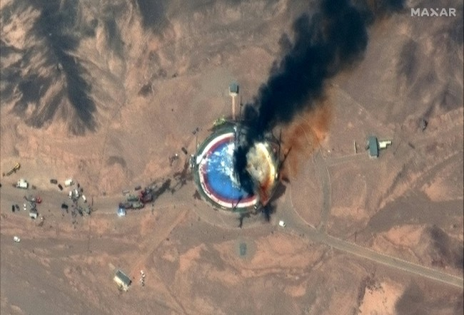 This handout image shows close up view of a satellite image collected on August 29 of failed rocket launch at the Imam Khomeini Space Center in Iran. [Photo: Handout/Satellite image ©2019 Maxar Technologies/AFP]