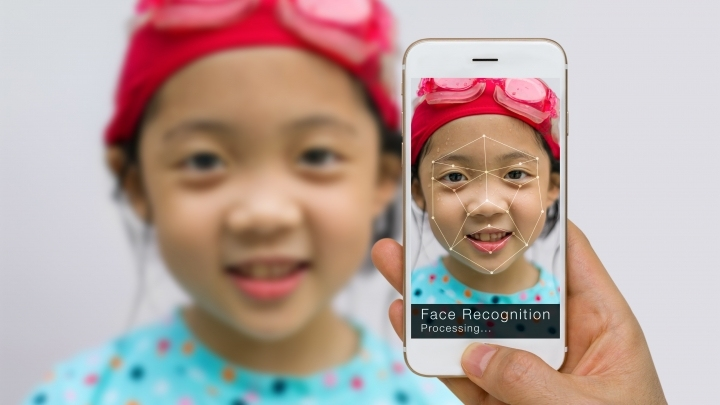 AI finds missing children through photos taken when they were toddlers