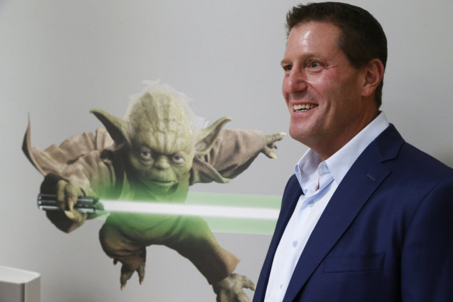 """Disney chief strategy officer Kevin Mayer visits the company's """"accelerator"""" space in Glendale, Calif., July 13, 2015. Mayer will also be chief operating officer of TikTok's Chinese parent company, ByteDance, the company announced on May 18, 2020. [File Photo: AP]"""